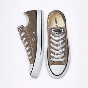 Chuck Taylor All Star  UNISEX LOW TOP SHOE
